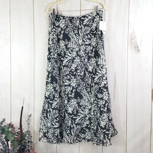 Croft & Barrow Black Ivory Reversible Skirt 16